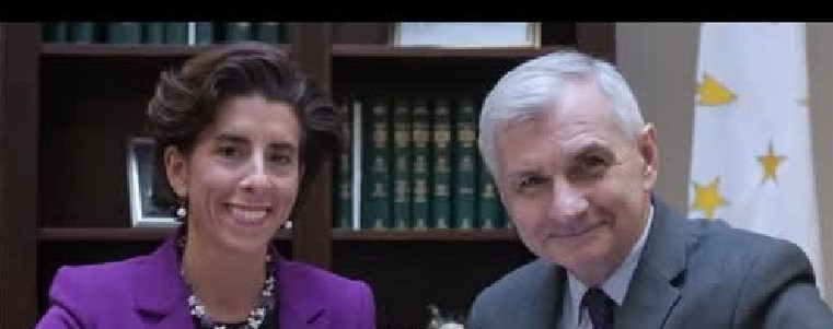 Reed Strongly Backs Raimondo to Lead Commerce Department