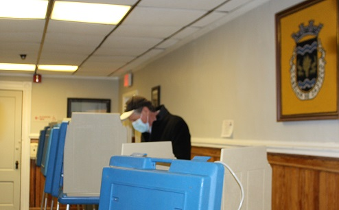 Incoming Governor McKee voted in the statewide special election.