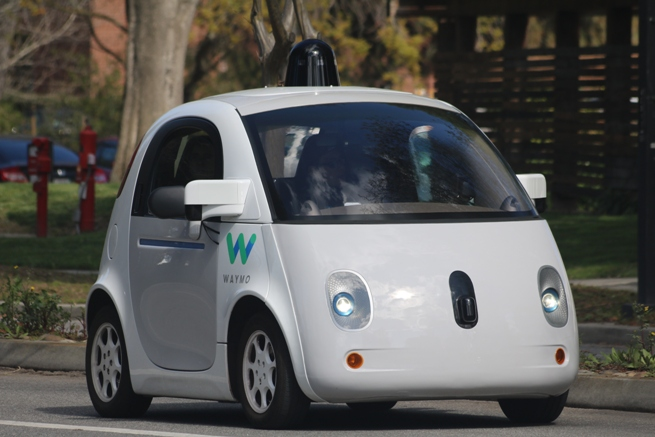 AAA: Today's Vehicle Technology Must Walk  So Self-Driving Cars Can Run